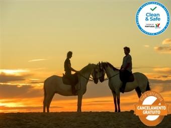 Visite o Alentejo e Passeie a Cavalo: 1, 2 ou 3 Noites no Hotel Rural Monte da Lezíria com Pequeno-Almoço Passeio a Cavalo desde 38.50€.