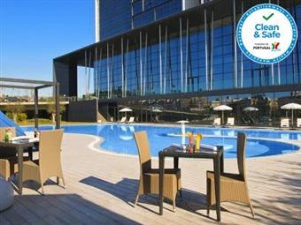 Melia Braga 5*: 1 a 4 Noites com Pequeno Almoço e Acesso ao Spa desde 66€. Relaxe e Aproveite a Vida!