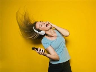 """E-book """"Dançar faz bem!"""" Dá prazer e alegria enquanto pratica exercício físico! Ideal para quem detesta ginásios e dietas rigorosas."""
