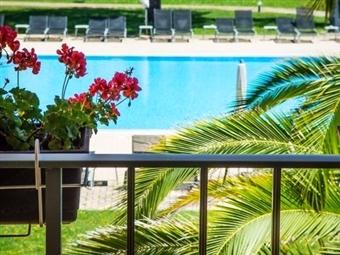 VILA PARK NATURE E BUSINESS HOTEL 4*: 1 ou 2 Noites e Programas à Escolha em Vila Nova de Santo André, no Alentejo, desde 77€. Respire e Relaxe!