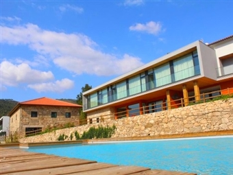 PORTUGAL e ESPANHA: Alojamento para 2 Pessoas durante 5 ou 7 Noites, com OFERTA de 1 ou 2 NOITES em 180 Hotéis à escolha desde 29€.