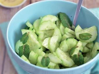 Coleção Receitas Facílimo: Salada de pepino com hortelã. Faça já download do eBook e áudio.