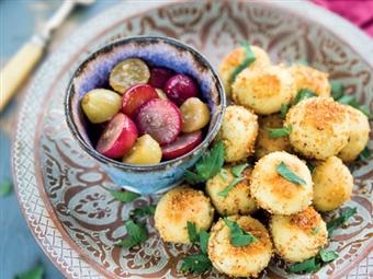 Coleção Receitas Facílimo: Almôndegas de frango com uvas salteadas. Faça já download do eBook e áudio.