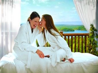 DIA DA MÃE: Alojamento para 2 Pessoas durante 3 Noites, com OFERTA de 1 NOITE em 180 Hotéis à escolha em Portugal e Espanha por 24.50€.