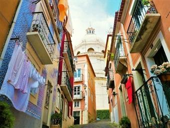 Lisboa Misteriosa e Antiga - Passeios Pedestres Diurnos para 1 ou 2 Pessoas com Guia, desde 14,90€!