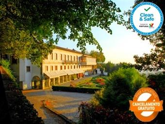 Hotel do Elevador 4*: Estadia de Charme em Braga com Welcome Drink e Acesso ao Parque do Bom Jesus desde 34.50€. Mergulhe na História da Cidade!