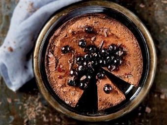 Coleção Receitas Facílimo: Bolo de chocolate e cerejas. Faça já download do eBook e áudio.