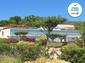 Boticas Hotel Art & Spa 4*: Estadia em Vila Real com Pequeno-almoço, Opção de Jantar e Acesso ao Spa desde 41€.