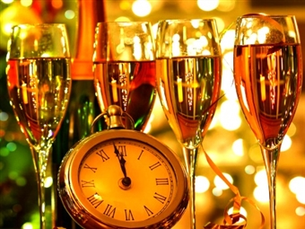 RÉVEILLON 2022 - Casa Melo Alvim Hotel 4*: 2 ou 3 Noites em Viana do Castelo com Pequeno-almoço, Jantar de Réveillon e VIP à Chegada desde 187€.