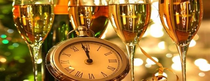 RÉVEILLON 2022 - Casa Melo Alvim Hotel 4*: 2 ou 3 Noites em Viana do Castelo com Pequeno-almoço, Jantar de Réveillon e VIP à Chegada.