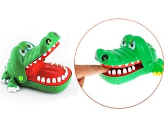 Jogo Crocodilo Dentista por 7€. Somos o dentista e o paciente é um crocodilo! ENVIO IMEDIATO. PORTES INCLUÍDOS.
