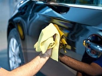 LAVAGEM COMPLETA Exterior + Interior + Aplicação de Cera + Higienização do Ar Condicionado na AUTO CAMPOLIDE em Lisboa por 53€.