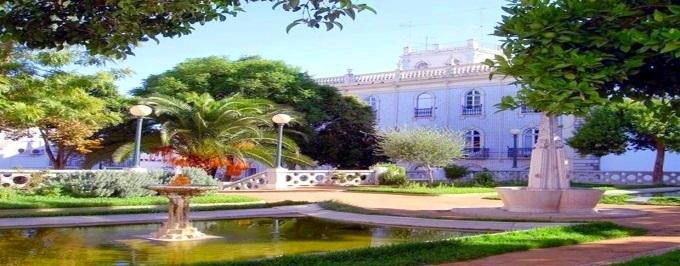 Hotel de Moura: Estadia com Pequeno-almoço num Palácio Encantado no Alentejo, com Oferta de Boas Vindas e Acesso à Piscina Exterior.