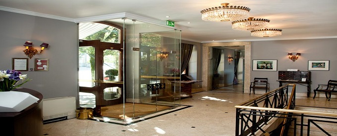 Hotel do Elevador 4*: Estadia de Charme em Braga com Welcome Drink e Acesso ao SPA. Mergulhe na História da Cidade!