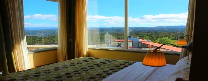 Hotel da Montanha 4*: 1 a 5 Noites com opção de Jantar e Acesso à Piscina e ao Spa. Escapada com Vistas Deslumbrantes!