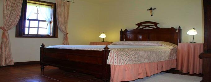 QUINTA DO POMARINHO: 2 Noites em Arouca, com Pequeno-almoço, acesso à Piscina e Court de Ténis e Entrada nos PASSADIÇOS DO PAIVA.