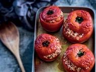 Coleção Receitas Facílimo: Tomates recheados com arroz. Faça download da receita em eBook e áudio