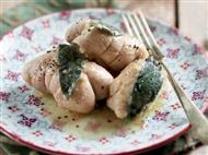 Coleção Receitas Facílimo: Bifes de frango recheados com espinafres. Faça já download do eBook e áud