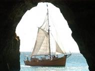 TERRA À VISTA! Passeio em Embarcação Pirata (Leãozinho) com Foto Lembrança em ALBUFEIRA