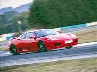 Experiência de Condução de um Ferrari 360 Modena no Autódromo de Braga.