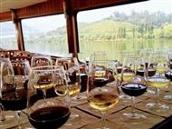 CRUZEIRO das 6 PONTES com Opção de Prova de Vinho a Bordo Para 2 Pessoas. Visite um dos melhores Des