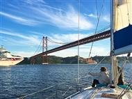 Passeio de Veleiro pelo Rio Tejo para 2 Pessoas com Lisbon4Sailing