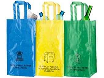 3 Sacos para Reciclagem com indicação do tipo de resíduos desde 10€. Unidos por meio de velcros laterais resistentes. PORTES INCLUIDOS.