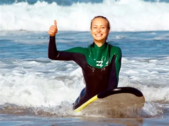 Aula de Surf Particular para 1 ou 2 Pessoas | 1h30 na Praia de CARCAVELOS desde 39€. Experiência a Não Perder!
