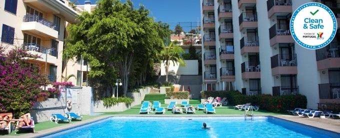 VERÃO 2021 - MADEIRA: 2 Noites no Funchal no Bungavília Studio Hotel, Voo de Lisboa, Porto ou Faro, Transferes e Seguro.
