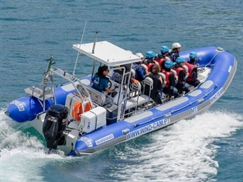 Passeio de Barco pela Arrábida para 1 ou 2 Pessoas. Deslumbre-se com a Água Cristalina desde 28€.