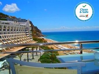 Sesimbra Hotel & Spa 4*: Estadia com Pequeno-almoço, Tratamento Vip, Jantar com Bebidas desde 81.50€. Celebre a Vida junto ao Mar.
